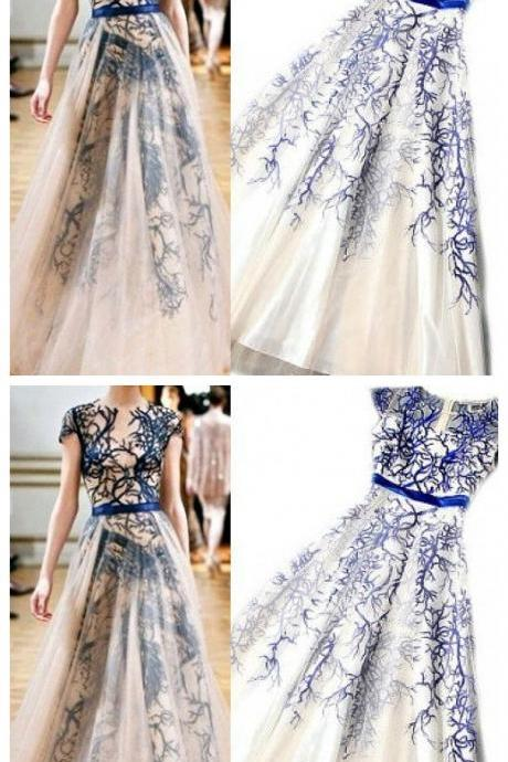 Gorgeous Round Neck Cap Sleeve Elegant Long A-line Tulle Lace Prom Dresses